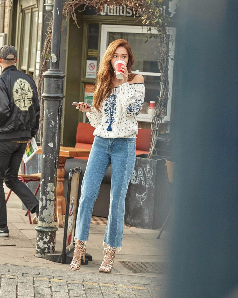 ◇ Jessica 上衣 Brand:GUESS Price:約14萬韓元(台幣約4000元)