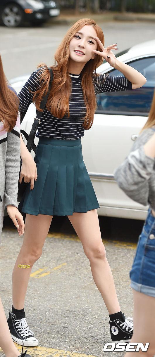 身高足足有169 公分的娜玹,雖然在廣告業界中,因為還是新人女偶像,還沒有受到很大的矚目,但是已經有業界在注意娜玹了!韓國媒體也表示:「娜玹作為明星,具有充分的可能性!」