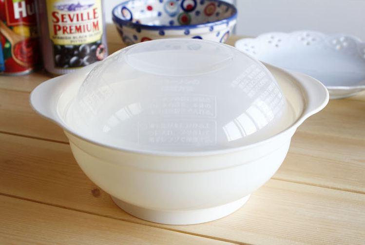 1. 微波爐泡麵容器 外形似飛碟,圓圓的模樣很漂亮