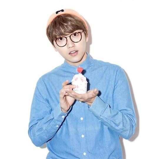 ♥ 初戀系男孩 2 號 :: B1A4 燦多  「以前班上總是會有一位這樣的男孩。」、「可愛的外表、溫柔的個性,就是初戀啊初戀~~」