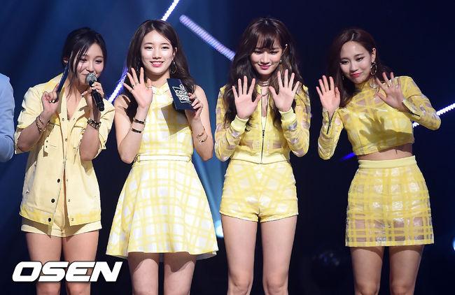 沒錯,就是 2010 年 7 月出道的 miss A,一出道便獲得高人氣的她們,出道曲〈Bad Girl Good Girl〉更在短短 21 天內獲得一位,是韓國女團中最快獲獎的記錄保持團。