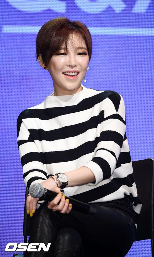 #3 佳仁 BEG的成員佳仁也是典型的單眼皮美女,在節目上都會畫非常重的眼妝來展現比較強烈的風格。