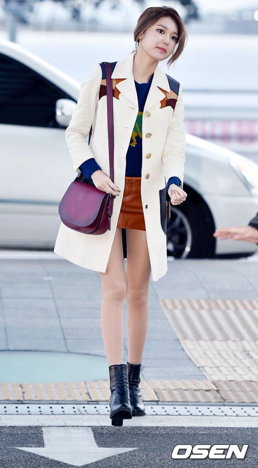 少女時代 - 秀英 (170cm) 看看這腿!!又細又長的腿老天爺真是太不公平拉~~