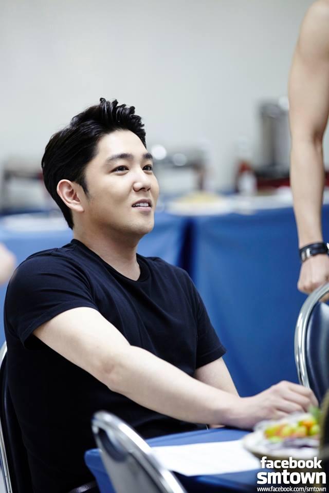 Super Junior 的成員強仁今日再傳因喝酒惹事。24日下午2點時傳出強仁在首爾江南區酒駕車禍的消息,而且血液中酒精濃度已超過吊銷駕照的濃度