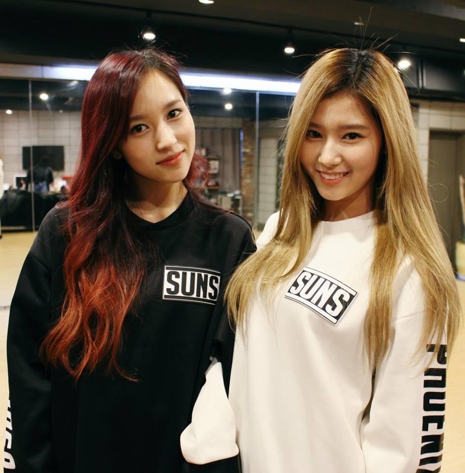 另外日籍成員Sana和Mina的媽媽,前陣子也成為網友們話題之一…