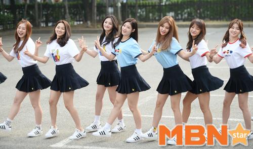 最終選出的11位少女也成功擄獲粉絲的心!尤其是在《SNL korea 7》節目播出後人氣更高了!