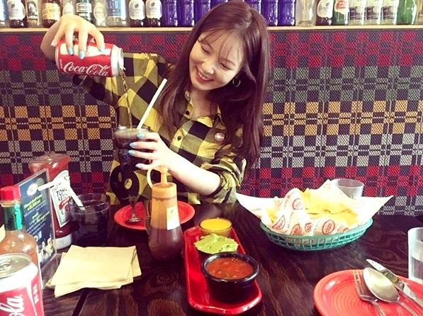 # 很多人心情不好根本吃不下東西,但吃貨完全相反一定是要大吃大喝才開心呀 !
