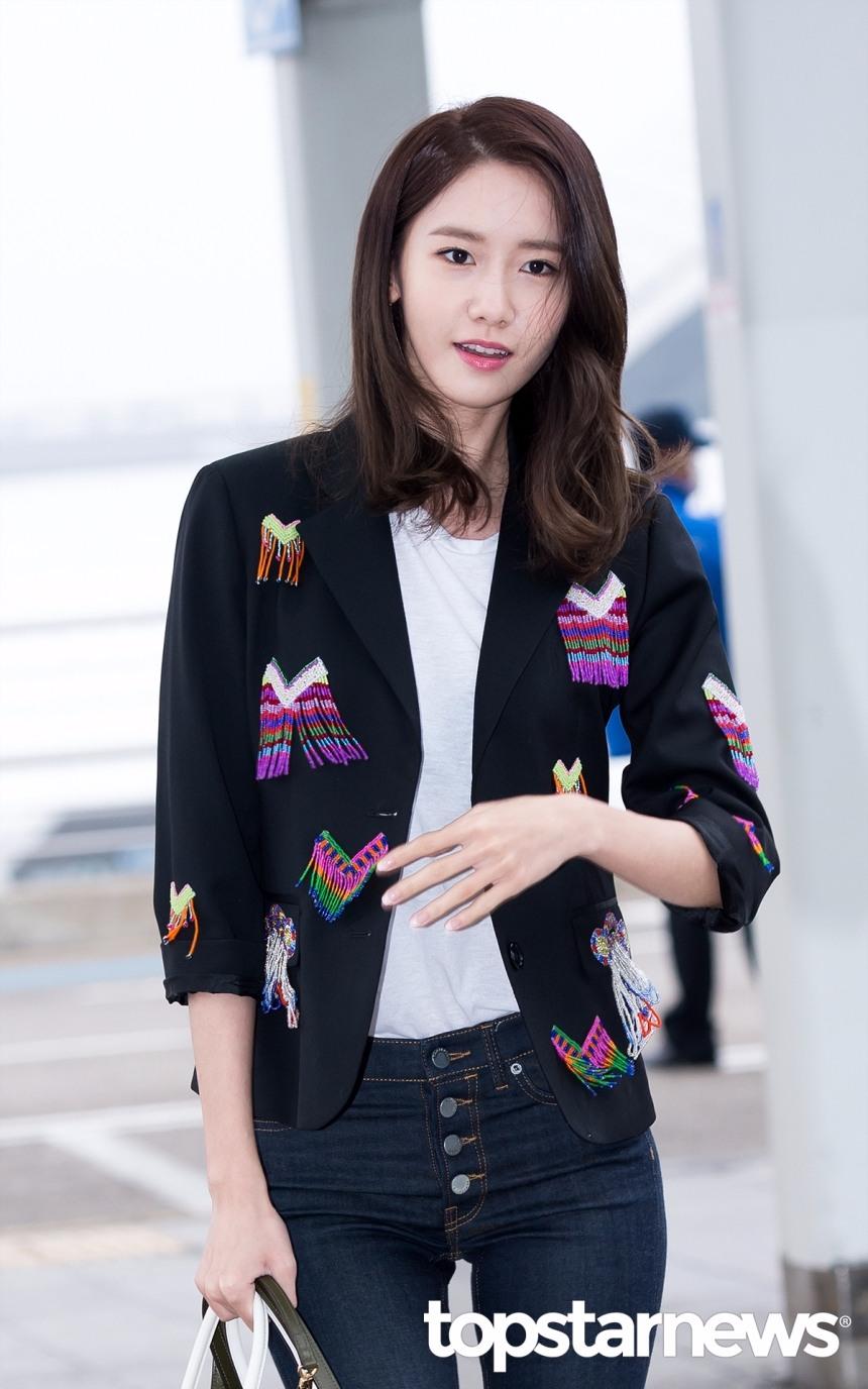 作為少女時代的門面擔當,韓國「國民理想型」的潤娥,出道至今一直都是美的代名詞。她天生的陶瓷肌讓更是讓迷妹們羨慕不已。