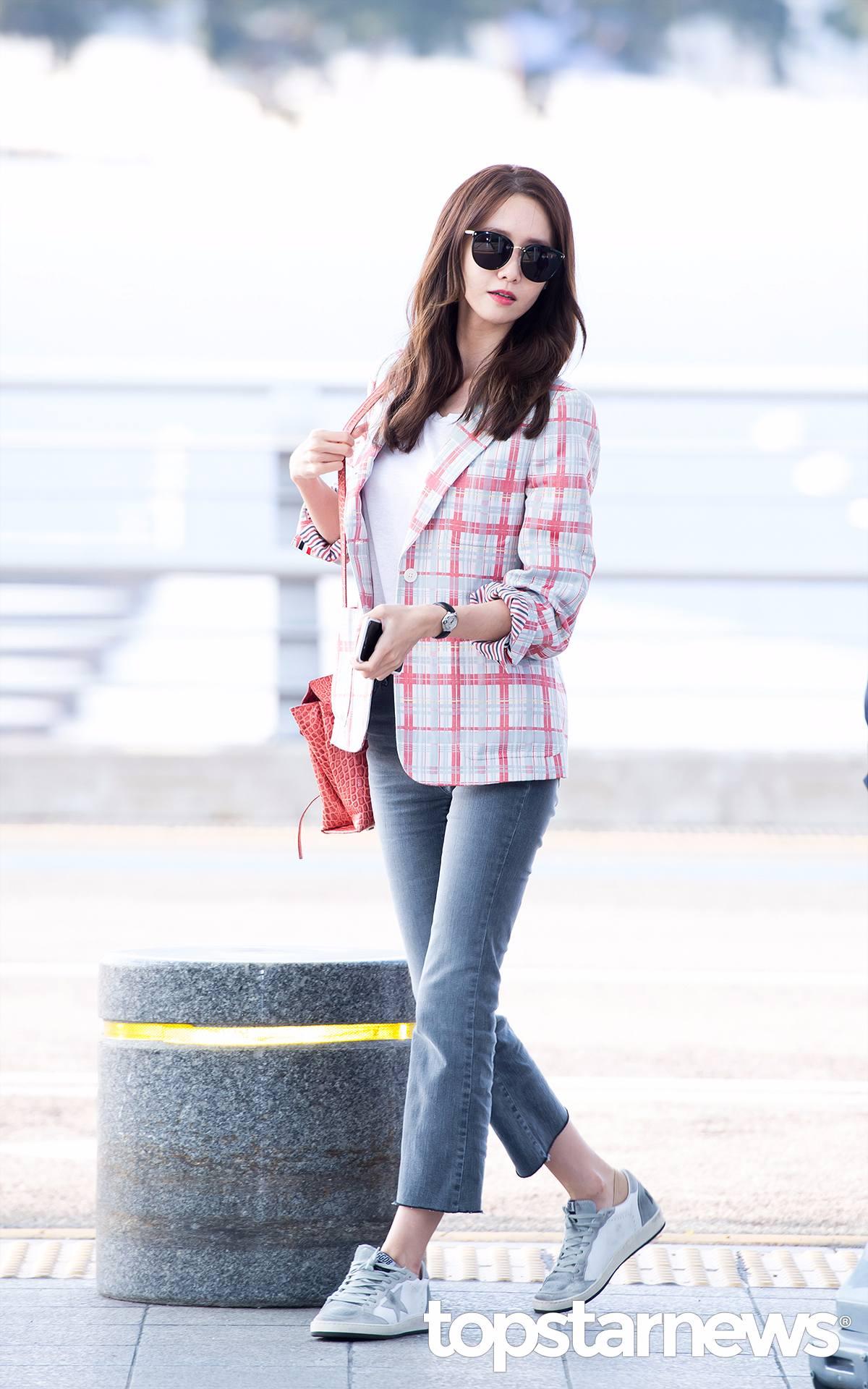 少女時代 - 潤娥 露出腳踝好像覺得潤娥更瘦了...