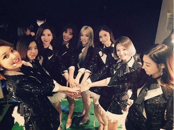 少女時代出道第9年中途雖遇上Jessica退團,成員數從原本的9人變成現在的8人,彼此之間的感情真的情同姊妹!成員愛爆發!