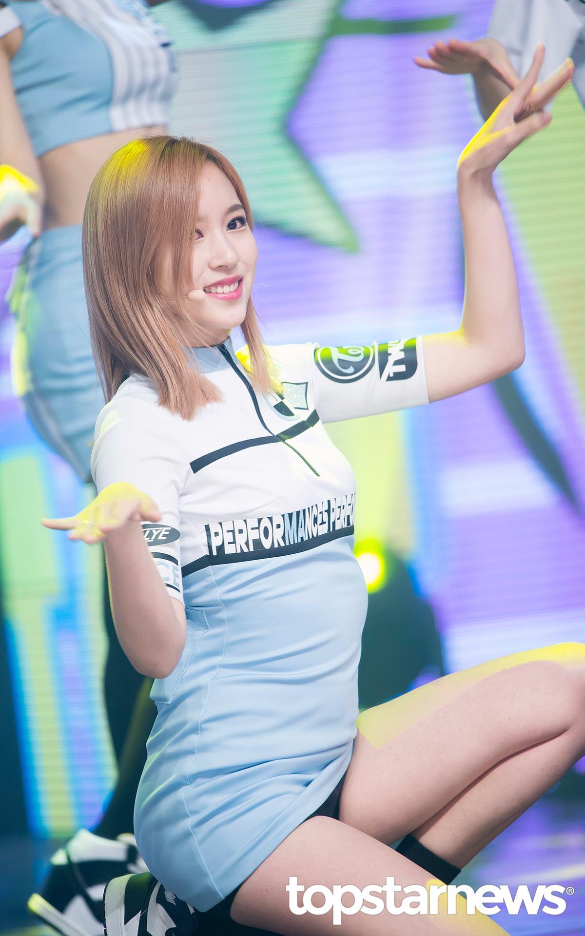 ◆TWICE—Mina 快點跟著可愛的Mina一起 sha sha sha~~
