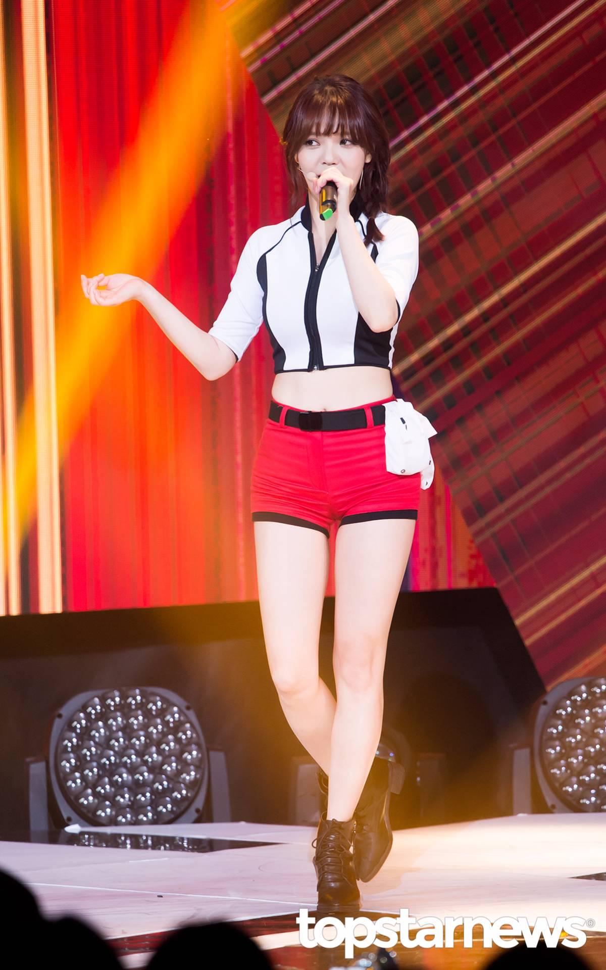 ◆AOA—智珉 比安全褲還要短的熱褲...!這太不合理了!(太性感...)