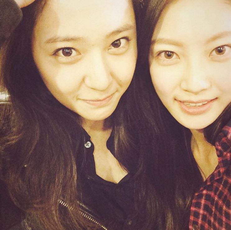 話說孔昇延曾經是f(x)的候選出道成員之一,和f(x)成員Amber、Krystal,Red Velvet成員Irene、Seulgi、Joy都是好友呦!
