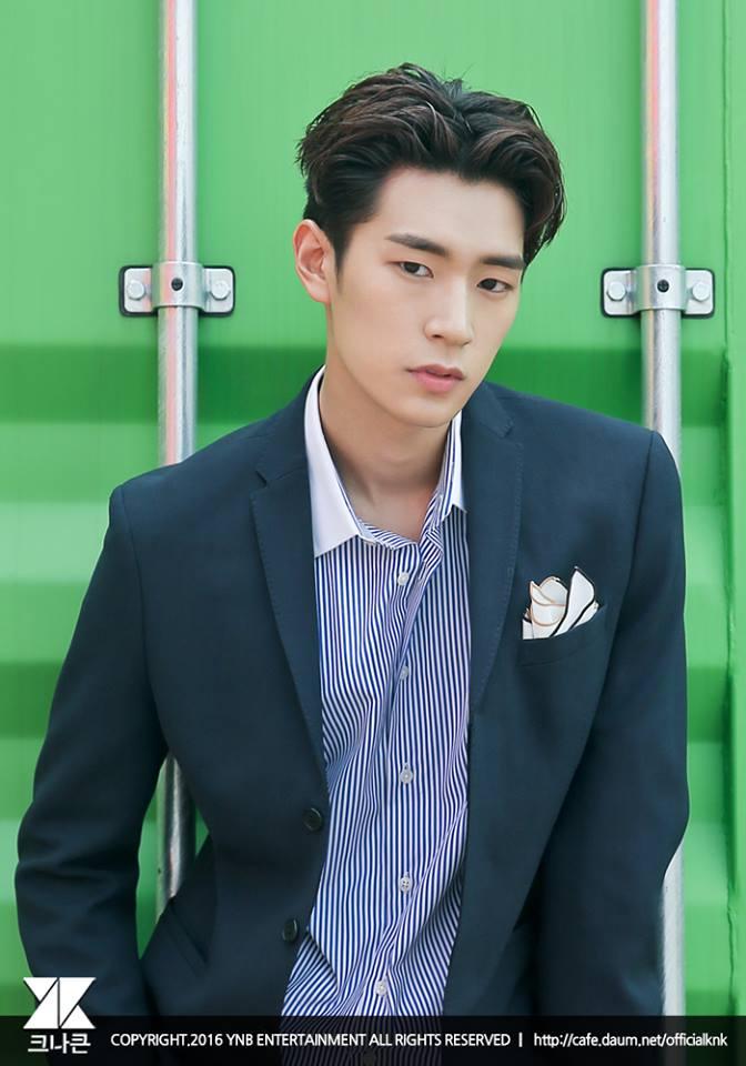 主rapper承俊,1993年10月28日(22歲),189公分(你要接近巨人了吧)