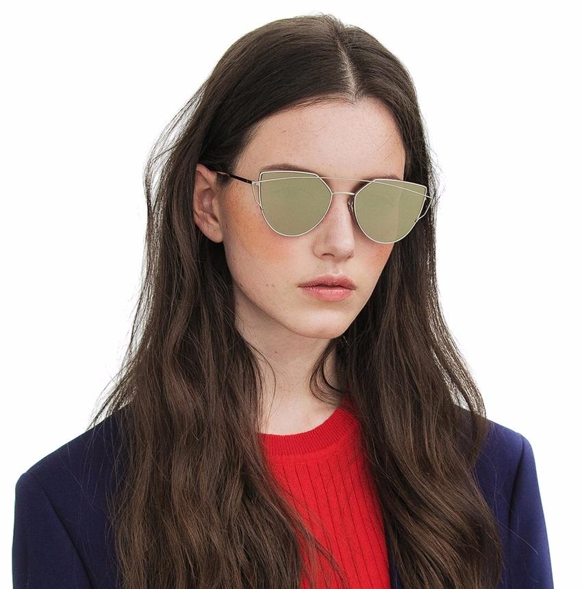 今年真的從大牌開始,開始吹起多邊形風,跳脫以往墨鏡只有圓、方框、水滴、貓眼...等 但摩登少女覺得,多邊形墨鏡一般人其實比較難駕馭耶☹,你覺得呢?