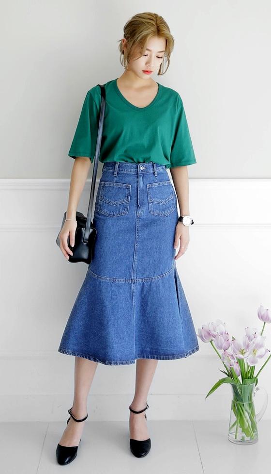 ★牛仔魚尾裙 美麗的魚尾裙乍看下好像很難駕馭,但其實是很好修飾大腿的裙款,而且一樣只要配上一雙漂亮跟鞋整體比例就會超好看的
