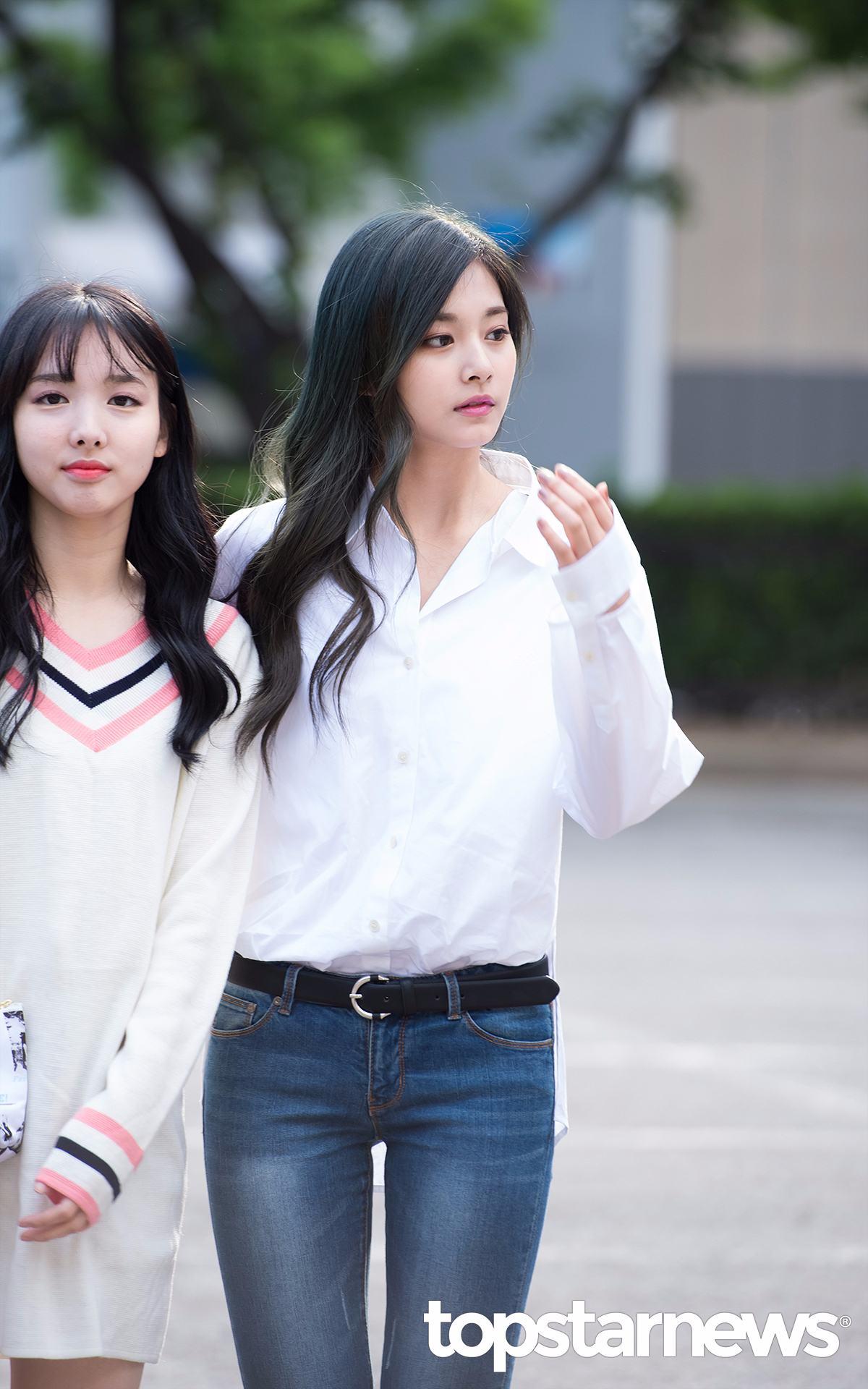 第一次擔任SBS人氣歌謠特別MC的兩個人究竟會有哪些可愛的表現呢~~~?(好期待)