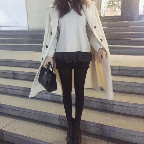 短裙&短褲都是是非常顯腿長的 個小嬌小的女生一定要多備幾條! (人家高個子都在想要看起來更高呢XD)