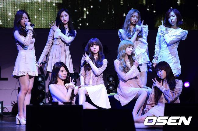 女團Lovelyz這次回歸人氣直線飆升,不論歌曲還是舞蹈都受到很高的評價。2014年出道曲的小故事最近也在韓國網友被瘋狂討論...