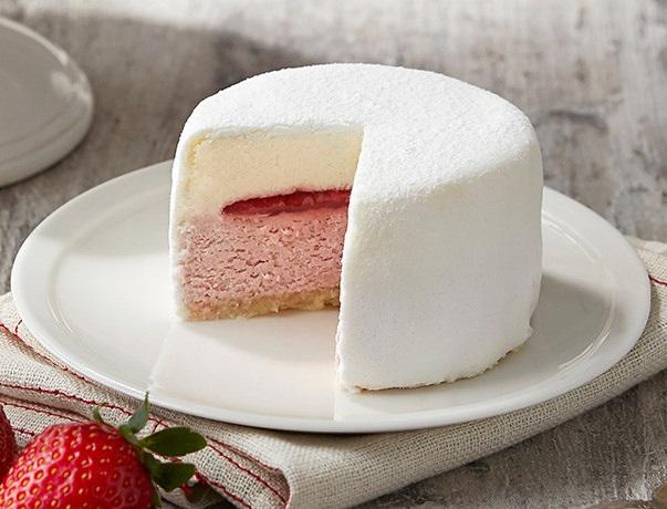 ♯草莓起司蛋糕  淡奶油乳酪和草莓蛋糕組成的夏日新甜品 !