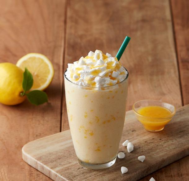 ♯檸檬蛋白糖霜脆餅星冰樂 看起來也太好喝了吧 !