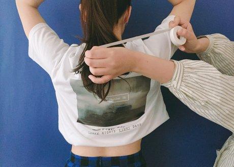 1. 一般T shirt一秒變短版T! 夏天非常流行的短版上衣, crop top~~