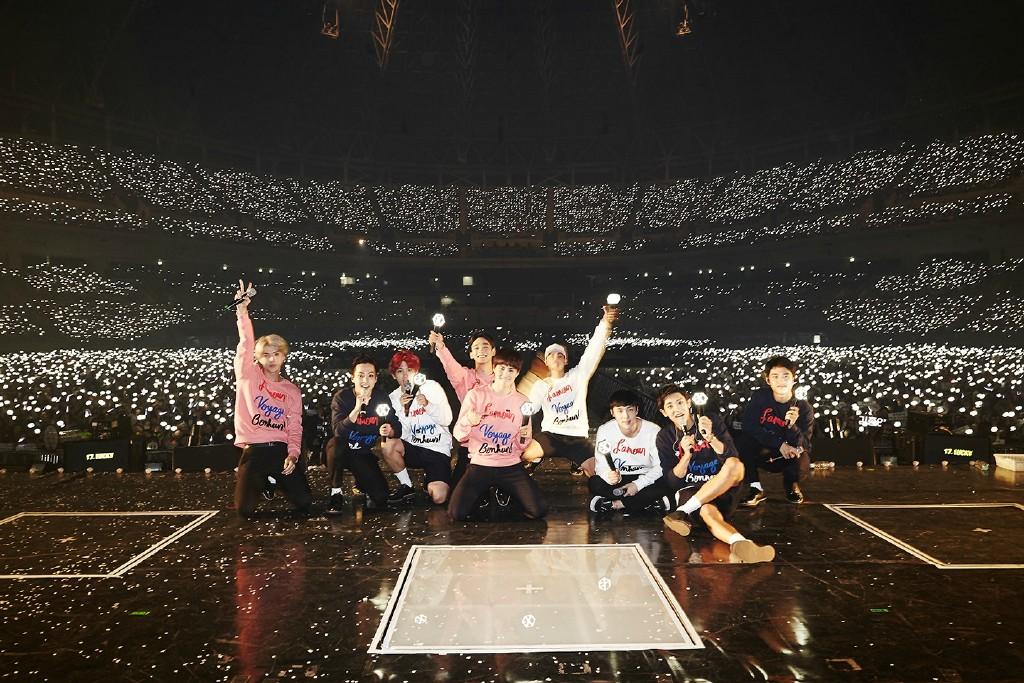 許多粉絲們也留言表示,「9 位成員一起再創下個盛世。」、「請不要再說 EXO 只有 8 位成員了,大家快看公司這次這麼強調 9。」、「We Are One!EXO 一定會長長久久的。」
