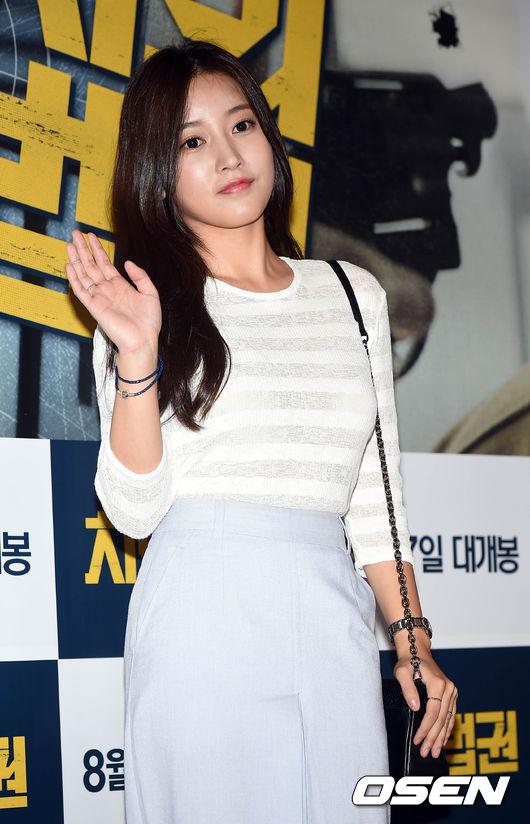 ◆ T-ara 昭妍  「現在在 T-ara 也很適合她。」、「原來 SM 放走了這麼多藝人啊。」