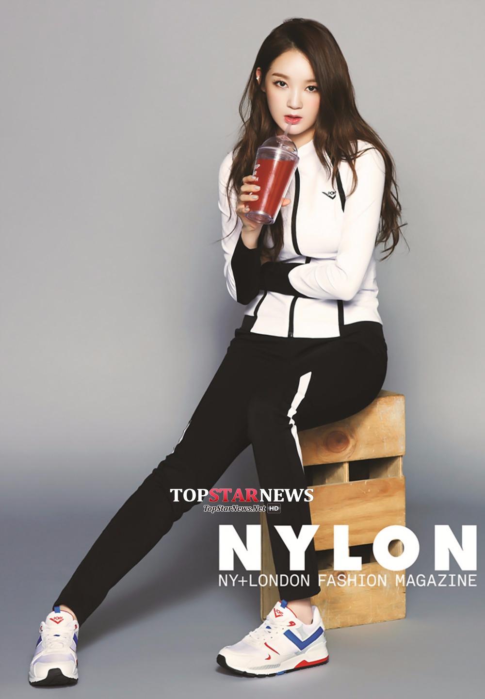 No.7 Davichi 姜珉耿 看到這份名單的第7名就是Davichi的姜珉耿,你一定會很驚訝,不是因為她上榜,而是因為她的身材竟然只能拍第7…到底前面是誰啊!雖然隊裡只有兩個人,而且也是走實力派女團路線,但姜珉耿絕對是和偶像團體門面比也不會輸的門面人選。