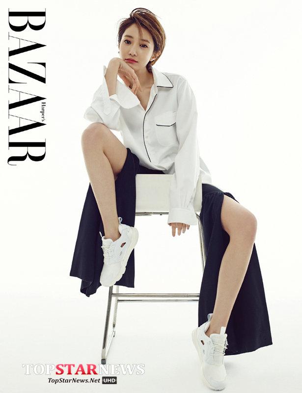 No.2 高準熹  不知髮型在韓國帶動潮流,就連身材也讓韓國女生想要跟上她的腳步來好好練一下!而且她看來比例好不是沒有原因,172公分高的身材再加超適合上電視的小臉,從外貌到身材都讓人羨慕啊!