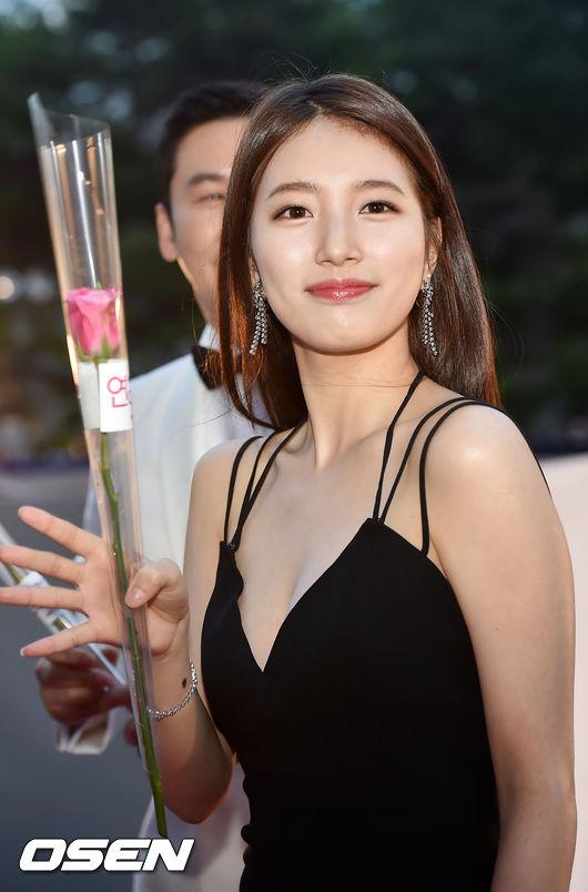 ◆秀智《任意依戀》 電視台:KBS水木劇 播出日期:2016年7月6日 ➔繼2013年《千年之戀》後,再次擔當女主角的戲劇。