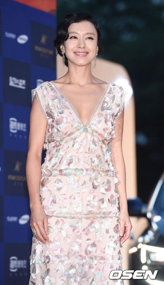 ◆全度妍/全道嬿《Good Wife》 電視台:tvN 金土劇 播出日期:2016年7月8日 ➔全度妍睽違11年再次回歸小螢幕的作品。