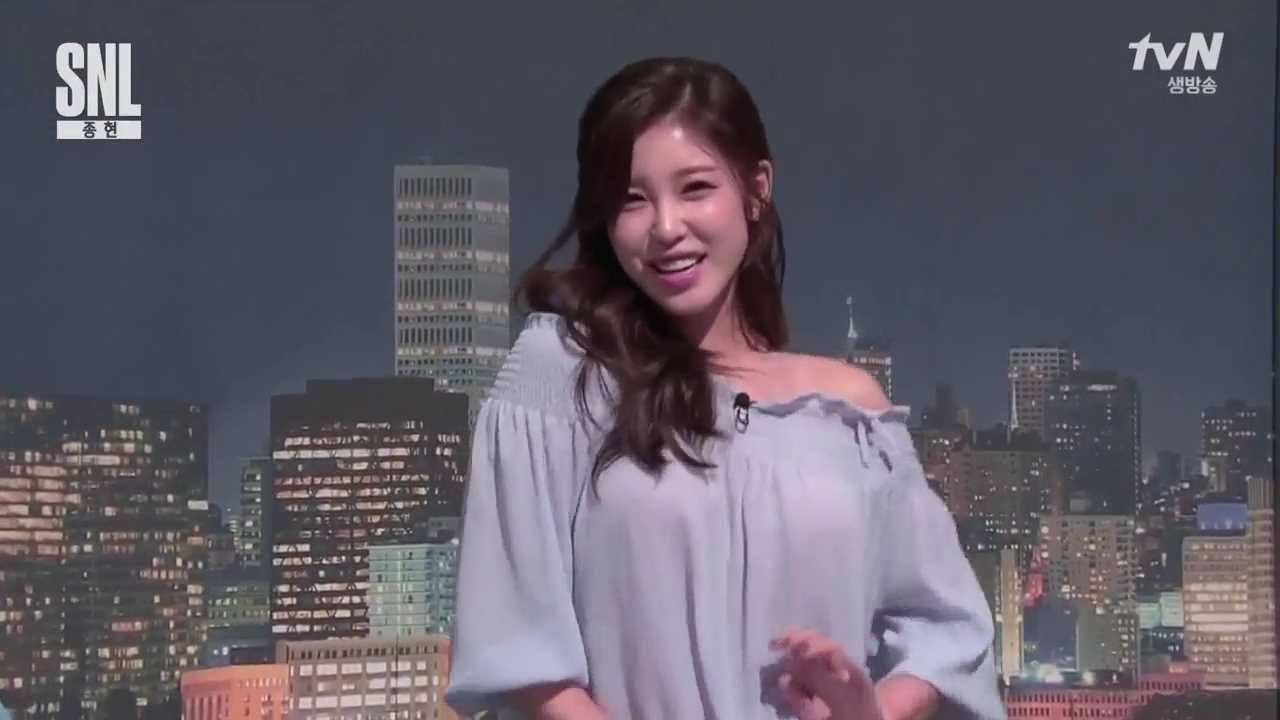 全烋星在tvN的搞笑節目《SNL Korea》里穿的這間露肩裝就是來自這個品牌的。