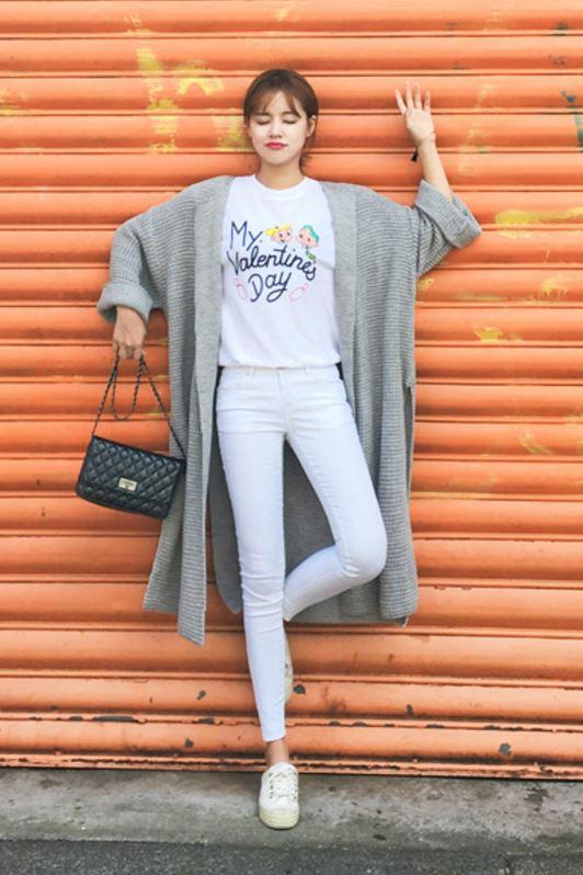 搭配前面幾種顯瘦穿法或是高跟鞋、針織衫等配件,就可以讓比例看起來好上加好啦!