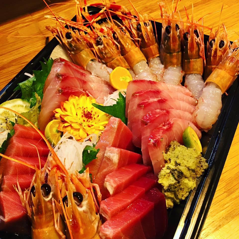 不只魚類很精彩(?)大家可以看看蝦子,晶瑩剔透的樣子也真的好迷人啊!