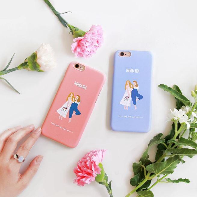 ► prelude studio prelude studio是一個韓國獨立品牌,主要就是販售自己設計的手機殼、筆記本等小物,最受韓妞歡迎的就是這個電影系列手機殼~