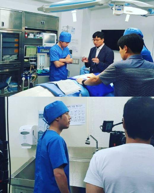 張赫在劇中飾演神經外科助理教授-李英吾,是一位非常優秀的醫師,但因為患有大腦額葉障礙,無法感受到感情,缺少了對他人的體諒和憐憫之心,在自己的感情上也是如此。