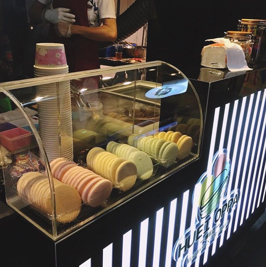 ▶暉歐巴 馬卡龍冰淇淋(台中逢甲) 另一間就是在逢甲的暉歐巴,店裡的馬卡龍都是老闆自己純手工製作的喔!