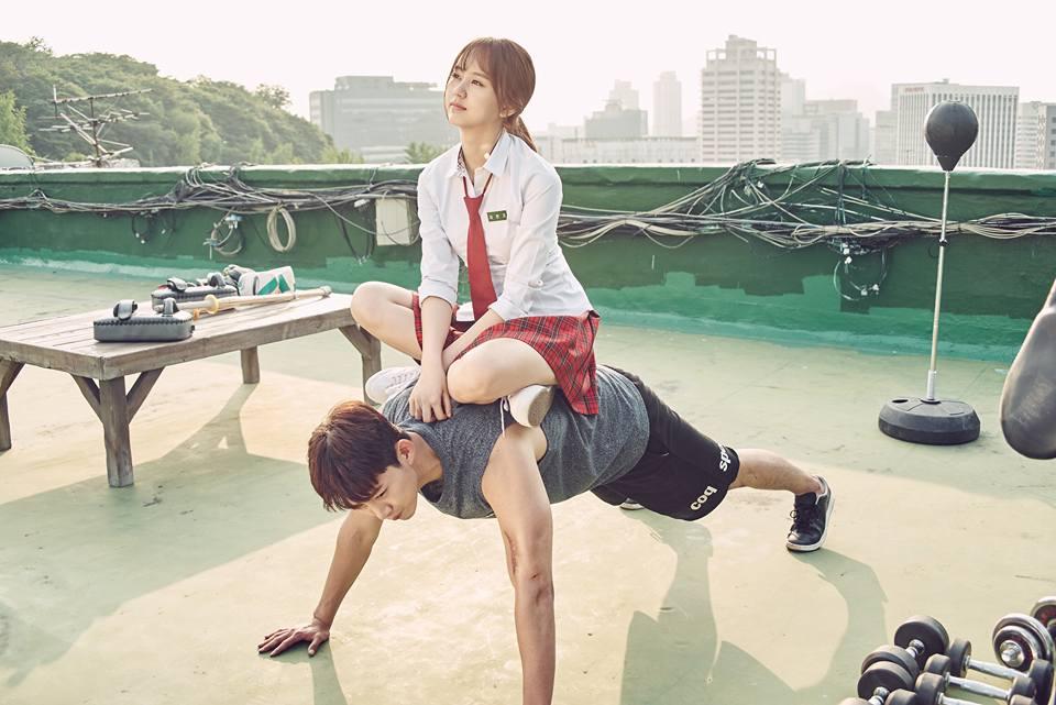 這張花絮照澤演也太MAN了吧~~ 看看這肌肉!果然是野獸dol 2PM~~!