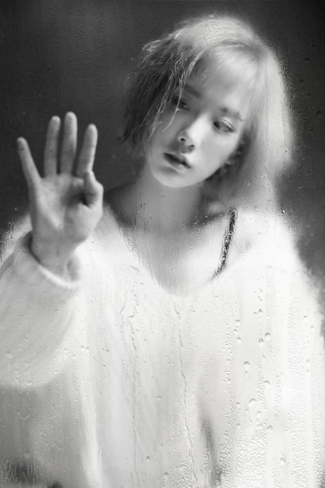 太妍的《Rain》在偶像solo歌手中,則是排名第二,也可能是因為這首單曲也沒有發行實體專輯的關係!