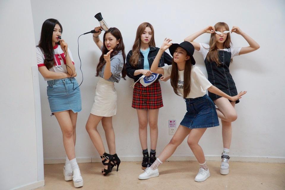 大家還記得之前有韓國網友替大家合成Red Velvet成員的平均外貌嗎?