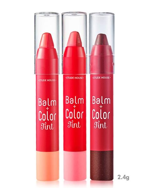 ♥Etude House 雙色咬唇棒 台幣480元 這款真的是一出,偽少女就立刻去試用,試用之後太滿意還屯了好幾隻XDDD因為它的質地非常濕潤,不用擦護唇膏就可以直接上色。