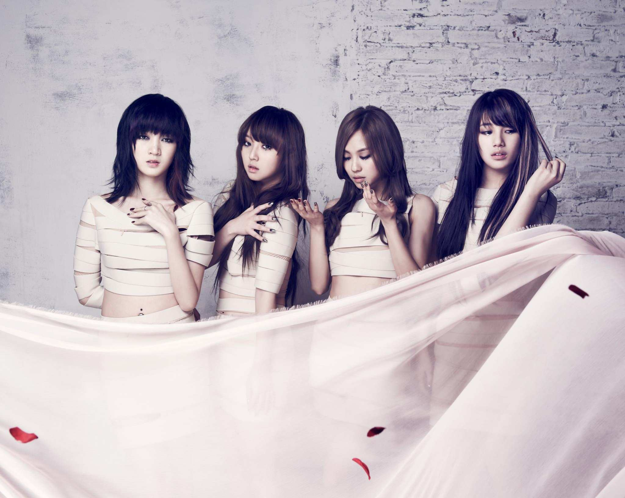撐不過7年魔咒,miss在今年傳出中國籍成員Jia在約滿後離開JYP的消息