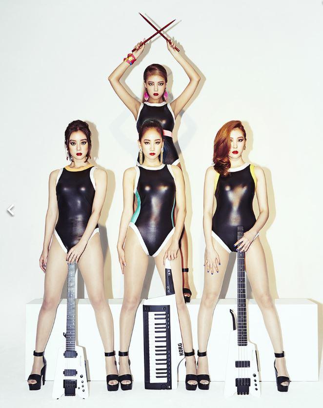 去年推出的第三張正規專輯《REBOOT》,達成音源榜「All Kill」,並被美國告示牌評選2015年韓國流行音樂最佳十張專輯,《REBOOT》還名列第一
