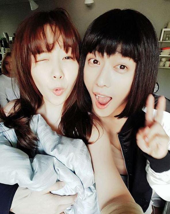 雖然前陣子有替SBS周末電視劇《美女孔心》唱了插曲,不過這次的<雙魚座>是Juniel離開FNC之後的第一張自己的作品