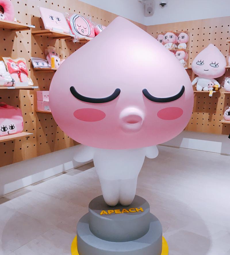 有計劃來KAKAO江南旗艦店的人,記得一定要跟朋友一起來才可以照可愛的照片啦~