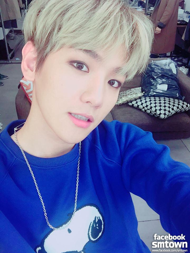 EXO - 伯賢 伯賢是EXO的主唱,歌唱實力應該不用多說的吧?