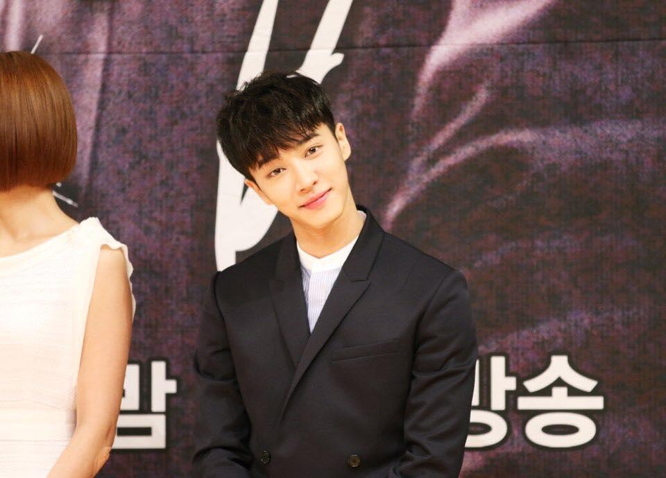 BEAST 李起光 曾是JYP、DSP練習生,後加入Cube Entertainment,為Cube Entertainment的第一位練習生的起光,在BEAST出到之前就以個人名義AJ(Ace Junior)出道了