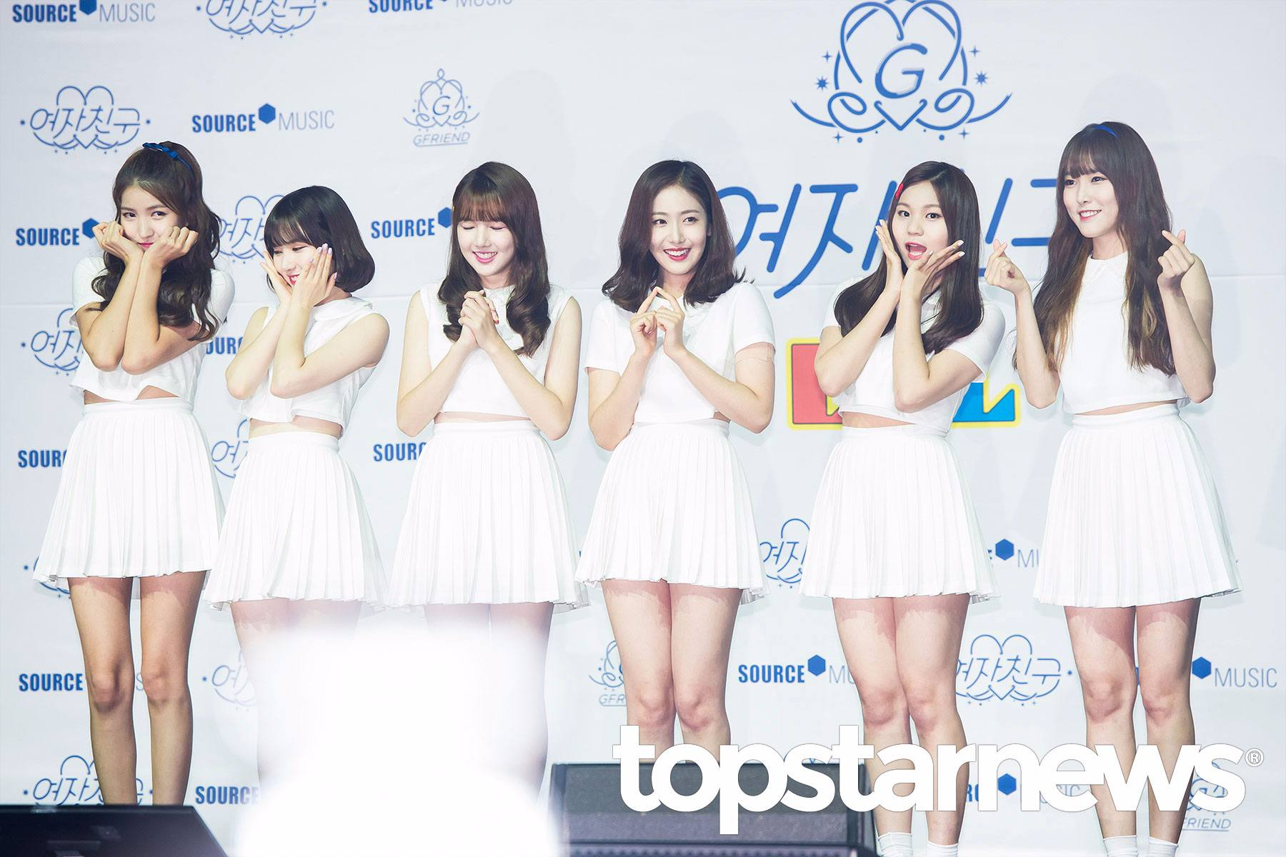 大家的小女友GFRIEND在7月11日帶著她們的第一張正規專輯《L.O.L》(Lots of Love/Laughing Out Loud)回歸韓國歌壇啦~
