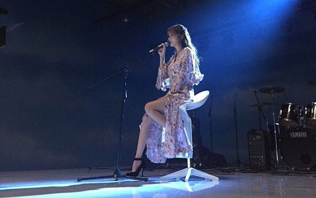 Jessica今年初回歸後行程滿滿,先是發行了首張個人專輯《With Love, J》